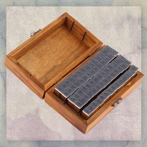 Stempel Set Buchstaben Zahlen Alphabet Holz Gummi mit Box 70 tlg