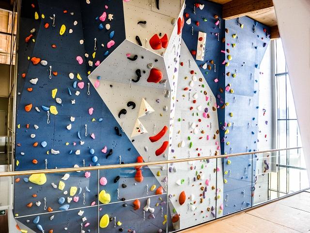 Kletterwand selber bauen - Montageanleitung